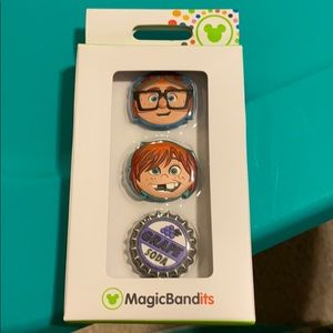 "Disney MagicBandits - retired ""Up"""
